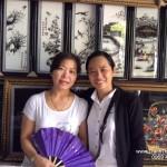 Tranh thêu tay Huế ghé thăm khách hàng thân thiết