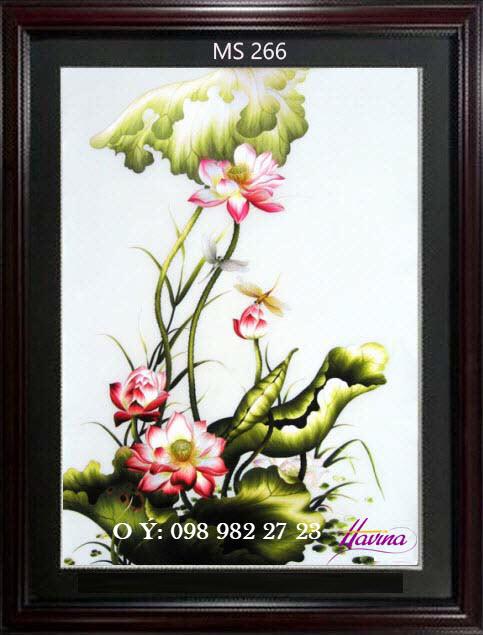 tranh thêu hoa sen 266