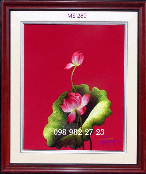 tranh thêu hoa sen 280