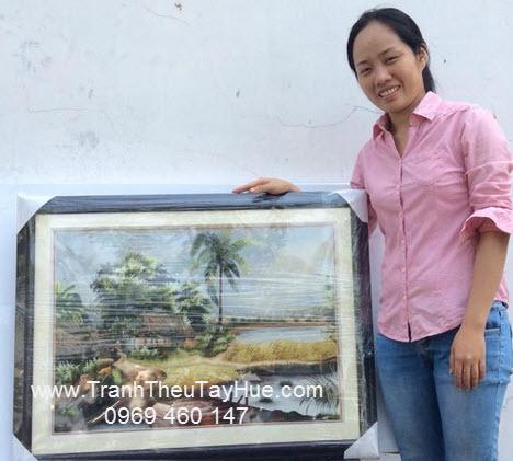 Tranh thêu tay phong cảnh làng quê Việt Nam