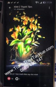 tranh thêu hoa lan đã tới tay khách hàng