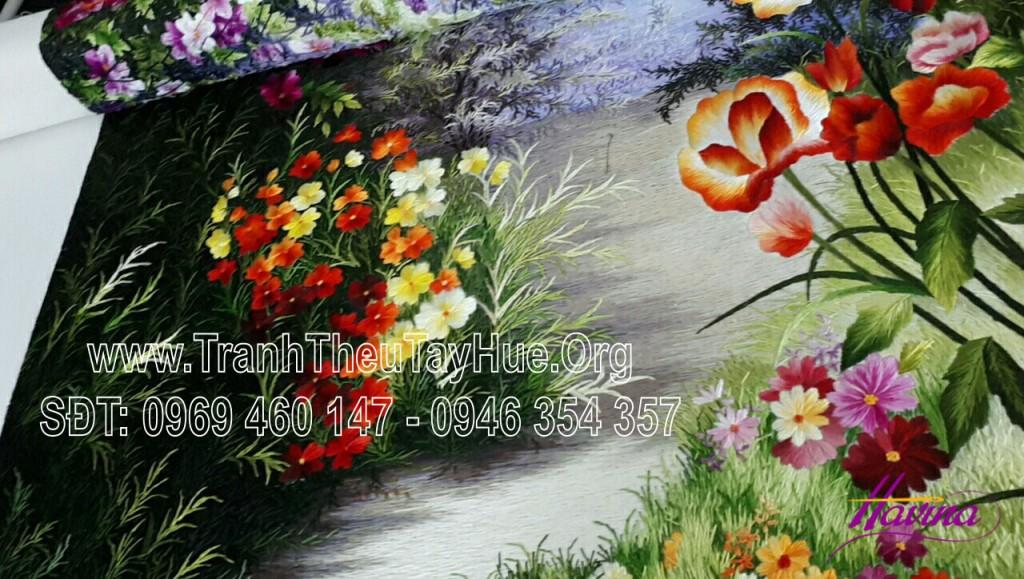 tranh-theu-hoa-sen-04