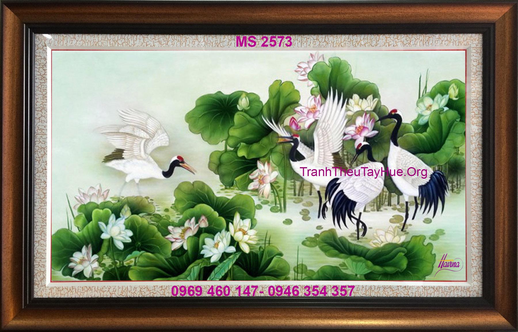 tranh-theu-hoa-sen-2573