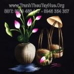 Tranh thêu nón lá hoa sen – món quà bất ngờ mà chị Hạnh tặng bạn ở nước ngoài