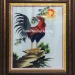 Tranh thêu  con gà trống – bức tranh dành cho gia chủ tuổi dậu