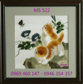 tranh-theu-dam-cuoi-522