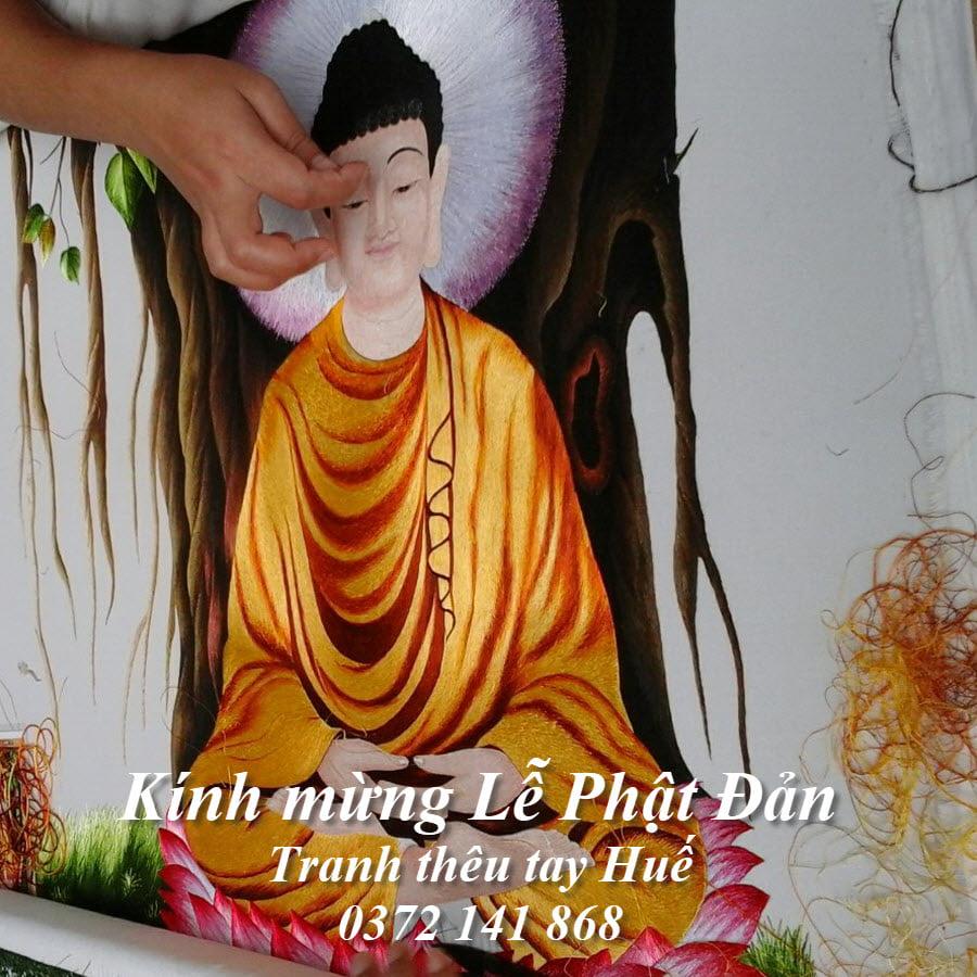Tranh thêu Phật