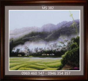 tranh thêu phong cảnh làng quê 382