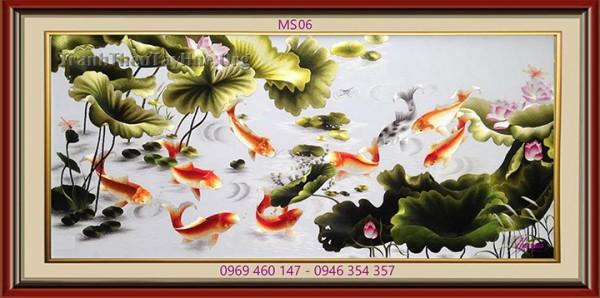 tranh-theu-ca-chep-hoa-sen-06