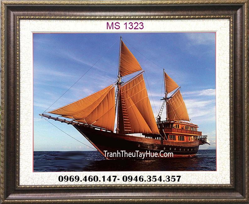 tranh thêu thuyền vàng