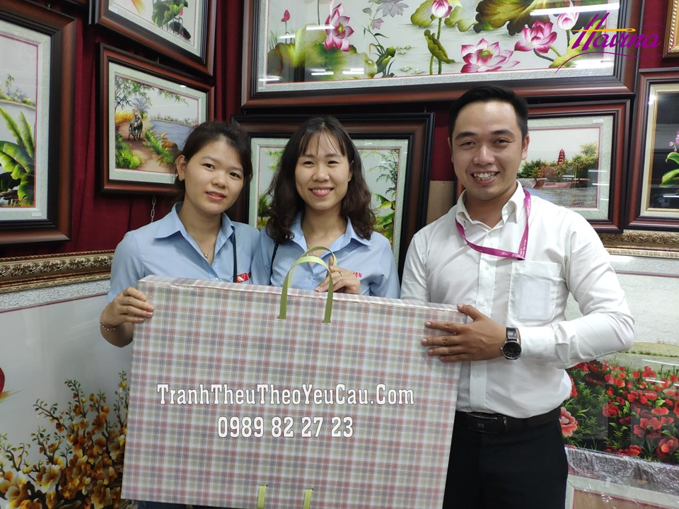 Tranh Thêu Chợ Bến Thành Theo Yêu Cầu Của Chị Ly Mai Đến Từ Đồng Nai