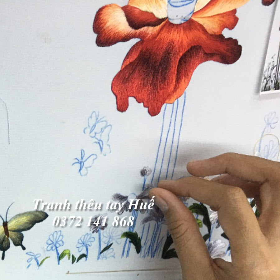 tranh thêu hoa colico